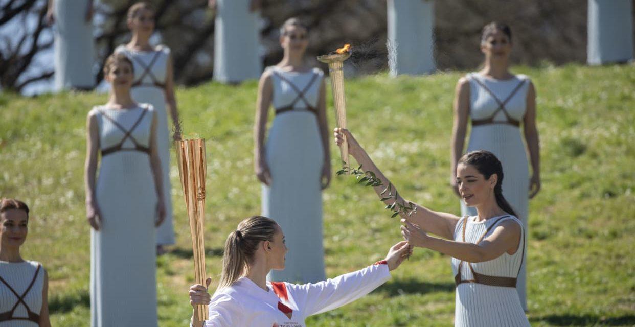 JO de Tokyo : la flamme olympique a été allumée à huis clos à Olympie