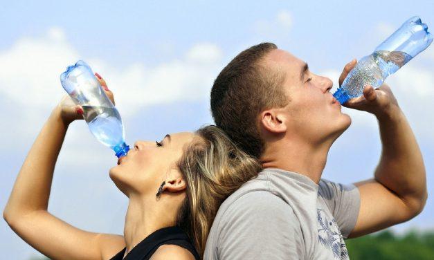 A quelle fréquence boire avant, pendant, après le sport ?