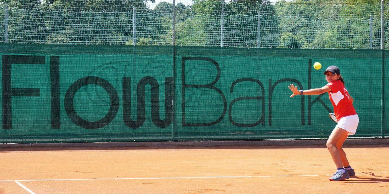 FlowBank devient sponsor du Drizia Miremont Tennis Club, Genève